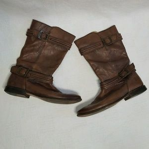 Frye Paige Smoke Brown Buckle Trapunto Boots 9